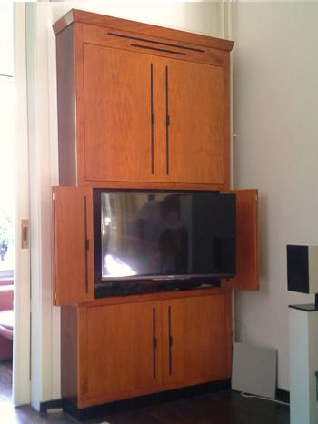 Art-deco tv meubel, op maat gemaakt.