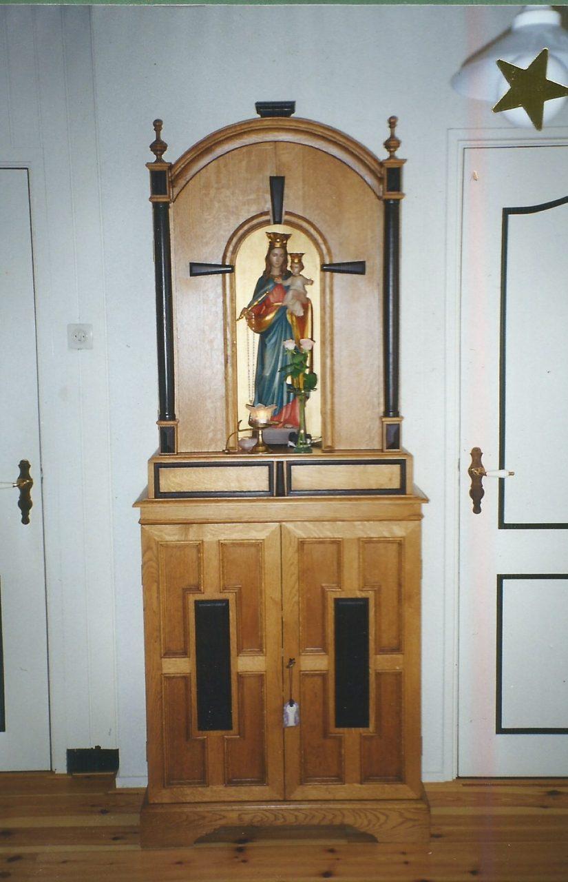 Op maat gemaakte Maria-altaar